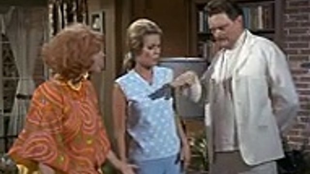 Bewitched S4 E11 - Allergic To Macedonian Dodo Birds,season online tv series hd 2017,2017