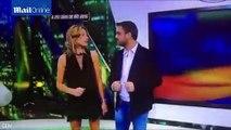 Une présentatrice montre sa culotte en direct par accident...