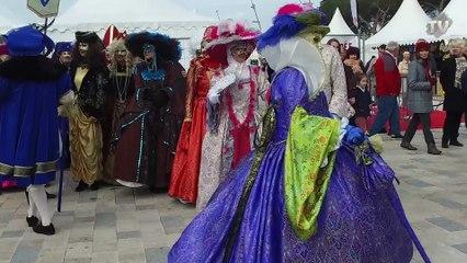 Costumes Vénitiens pour les Ficanas d'Antibes.