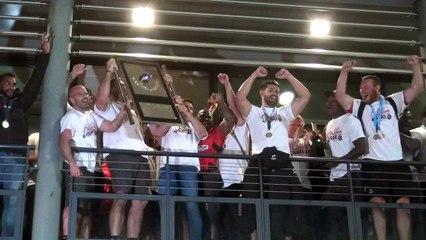 Rugby Pro D2 - Les Oyomen présentent leur bouclier de champion