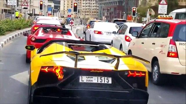 Sceicco fermo al semaforo fa incendiare la sua Lamborghini -