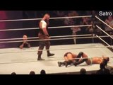 WWE RAW 8TH MAY 2017 - Roman Reigns attack braun strowman after payback