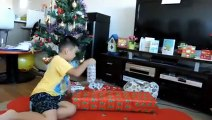 Opening Christmas presents 2017, Kids Opening Christmas Presents 2017