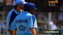 Top 10 Sixes of Sachin Tendulkar In Cricket History - Sachin Biggest Sixes Out of Stadium!!