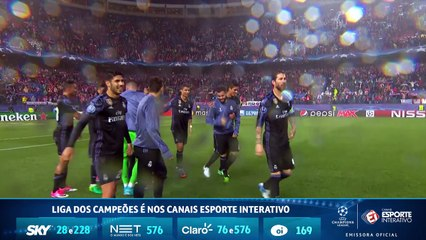 Vibrando muito, capitão Sergio Ramos comemora classificação com os companheiros de Real Madrid