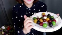 [Feeding ASMR] Sweet Jelly Of Red Beans Eating Sounds [먹여주는 ASMR] 쫀득쫀득 과일양갱 먹여줄까요