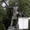 Workers just removed another confederate statue in New Orleans [Mic Archives]