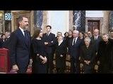 Tensas miradas en el encuentro entre las infantas y los reyes Felipe y Letizia