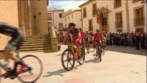 Un pelotón de bicicletas despide al tercer ciclista muerto en accidente de Oliva