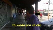 Jair Bolsonaro encara  menores infratores