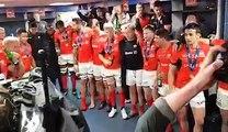 Le Tiki Tonga des Saracens après leur victoire en finale