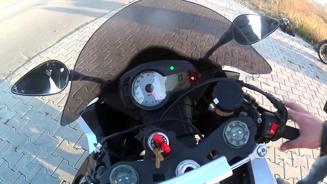 Kawasaki Ninjaest-drive