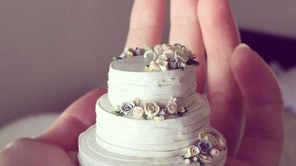 Teeny-Tiny Wedding Cakes Make the Perfect Keepsake