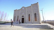 Replica of Syrian church razed by IS opens in Italy[1]dsa