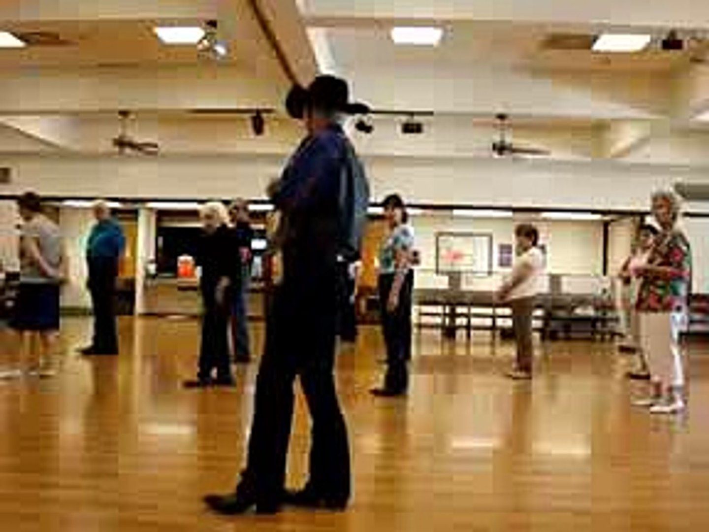 Blue Spanish Eyes Line Dance ) Walkthrough