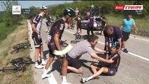 Terrible chute pendant le tour d'Italie à cause dune moto mal garée