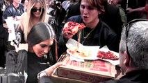 Kim and Khloe Kardashian Have Pizza With Fans | Cause Mayhem In Soho, NYC
