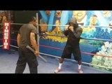 DARON SWEET TAY WILLIAMS WORKS ON DEFENSE AS HE PRESPARES FOR LUIS GUERRERO JULY 16 EsNews Boxing