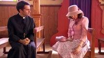 Perdona Nuestros Pecados - ¡María Elsa y el padre Reynaldo se besaron! / Capítulo 13