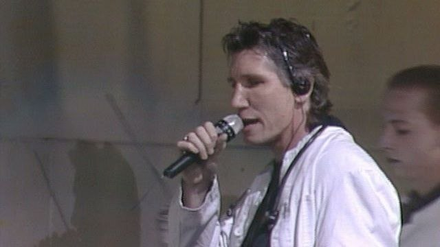 Roger Waters - Comfortably Numb