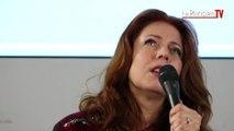Isabelle Boulay chante « Parle-moi » en live au Parisien