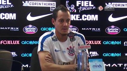 Rodriguinho afirma que foi melhor ter ficado no Corinthians