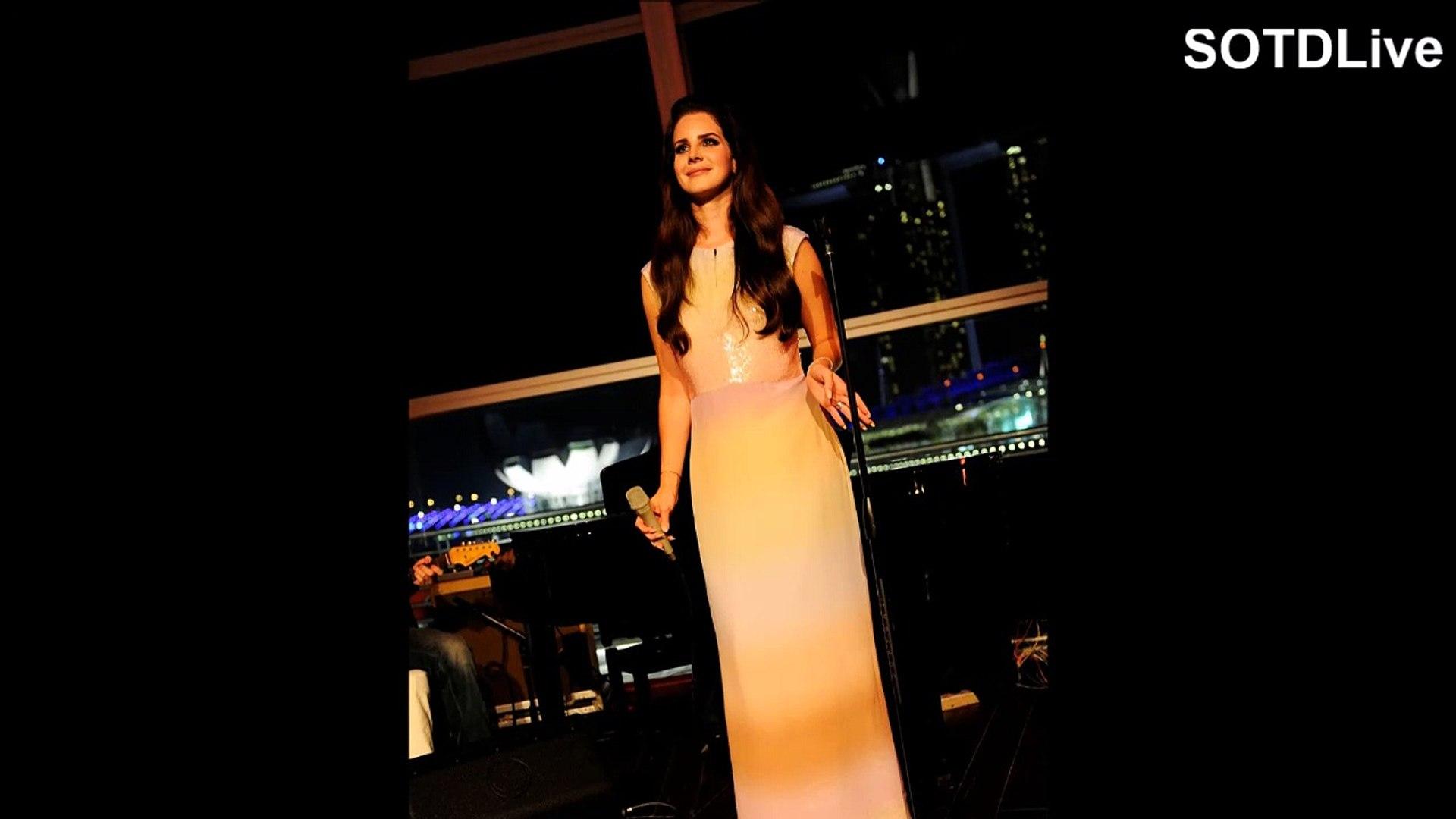 LANA DEL REY looks RAVISHING in ORANGE DRESS | SOTDLive | Episode 4