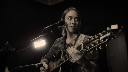 Sarah Jarosz - Over The Edge