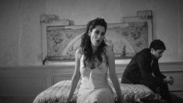 Victoria Petrosillo - Imparfaits