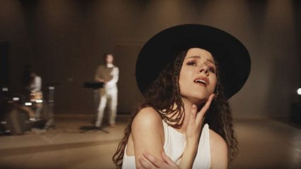Kasia Lins - Save Me Boy