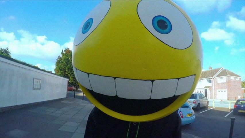 FREAK - I Like To Smile When I'm Sad