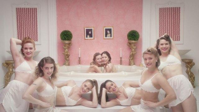Mansionz - Rich White Girls