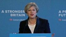 """Theresa May presenta manifesto Tories """"per la Brexit e oltre"""""""