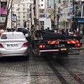 Comment remorquer une voiture en moins d'une minute