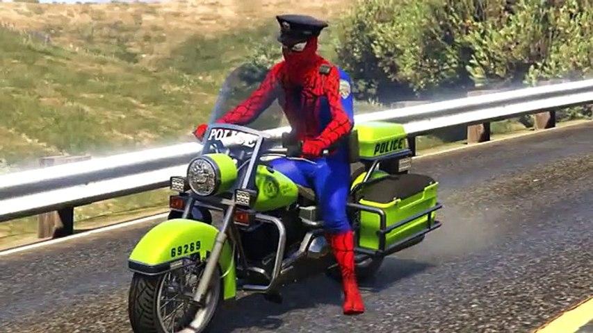 Moto de la policía y coches con el policía historieta del hombre araña para los niños y rimas infant