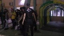 Futbolcular Yoğun Güvenlik Önlemleri Arasında Stattan Ayrıldı