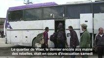 Syrie: évacuation des rebelles de Waer, leur dernier fief à Homs