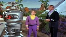 Lost In Space S03 E13  E13 And E14 And E15 part 1/4 part 1/2