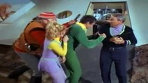 Lost In Space S03 E17  Princess Of Space part 1/2