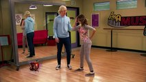 Austin & Ally Austin is Teaching Ally How to Dance (Dancers & Ditzes)