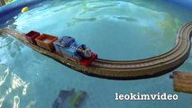 Thomas The Tank Pool Tracks Big Layout Train Crashes BoCo Bee & Shark Attack-E_mi