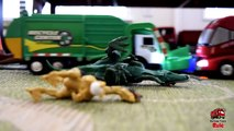 Garbage Truck Videos For Children l TOY TRUCK BATTLE Jumping Ramps l Garbage Trucks Rule-SL