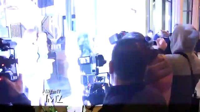 Joanna Krupa Is She Going To Take On The One Finger Challenge _ TMZ TV-dAMwkv