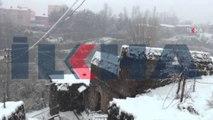 Bitlis'te kar yağışı nedeniyle 50 köy yolu ulaşıma kapandı / 20 03 2016 / BİTLİS