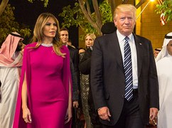 Public Buzz Melania Trump met un gros vent en publ