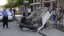 Kaldırıma çarpan araç takla attı 1 yaralı / 13 06 2016 / ŞANLIURFA