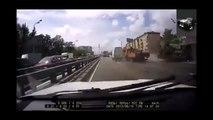 Truck Crash Extreme xtreme Truck Crashes - Crashes of Truck Too Wild