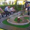 Génial : le circuit où il faut pédaler pour faire avancer les voitures !