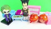 Maşa ve Küçük Cadı Çöpten Ne Alıyorlar Maşa Joker Küçük Maşa Kinder Sürpriz Yumurta Açıyor  #ABS,Çizgi film izle 2017