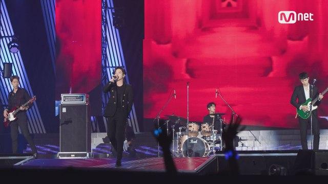 KCON 2017 JAPAN×M COUNTDOWN |씨엔블루 (CNBLUE) _ INTRO+헷갈리게 (Between Us)